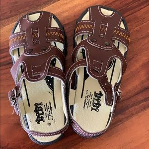 "Toddler sandals Mexico City Size 15 mex 7"" S 11 us"